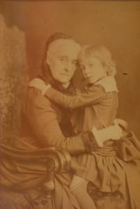 Leonilla mit Lieblingsenkel Prinz Gustav Alexander